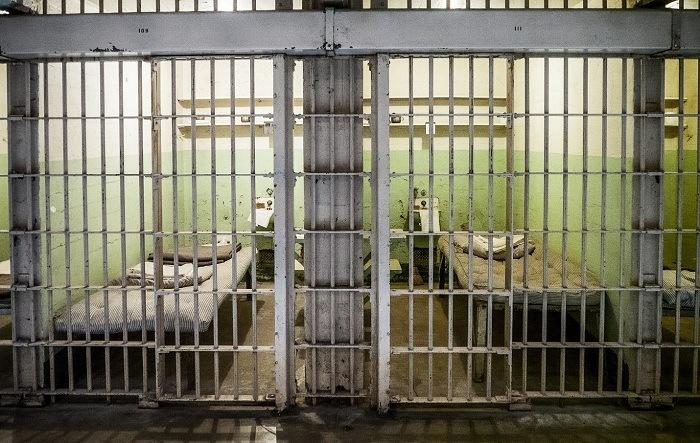 Mysterious Prison Escape 3