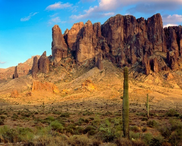 Superstition Mountains 0
