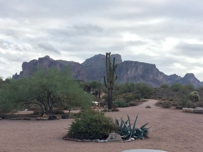 Superstition Mountains 4