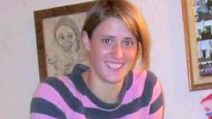 Rebecca Coriam 33