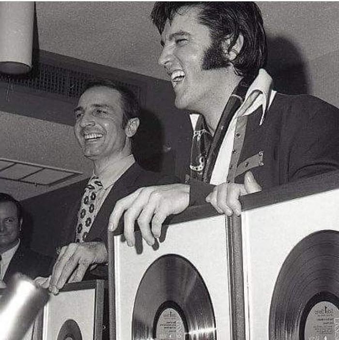 About Elvis Presley 16