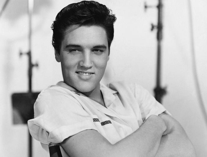 About Elvis Presley 9