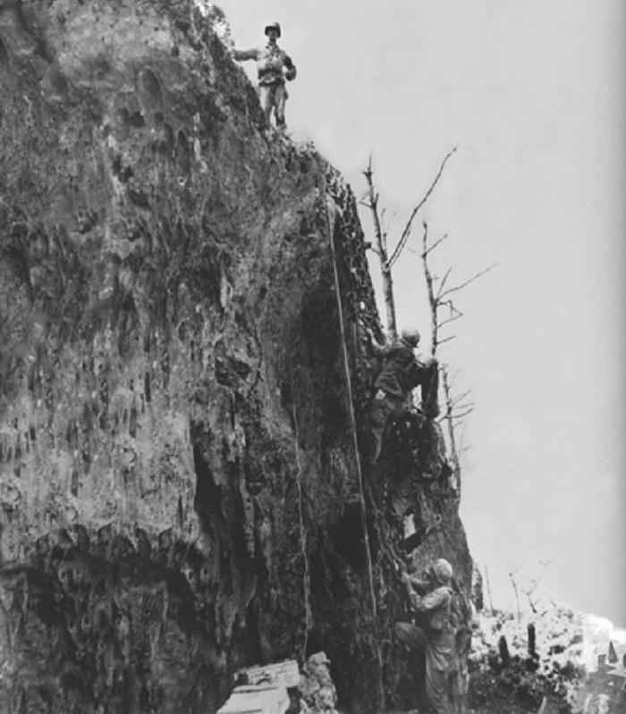 Hacksaw Ridge 11