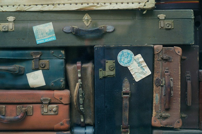 Right Suitcase 1
